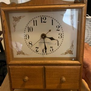 VINTAGE General Electric wooden wall clock
